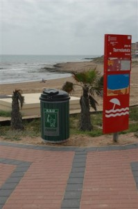 śmietniki na plażę